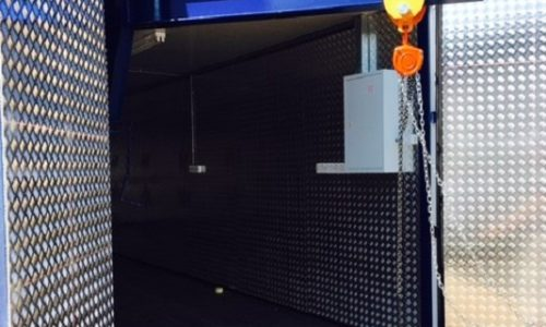 Aluminium lined equipment store with gantry = easy lifting