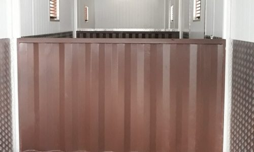 Luxury stable in 12m HC shipping container conversion